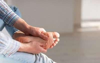 Symptoms of Foot Neuropathy: How to Identify